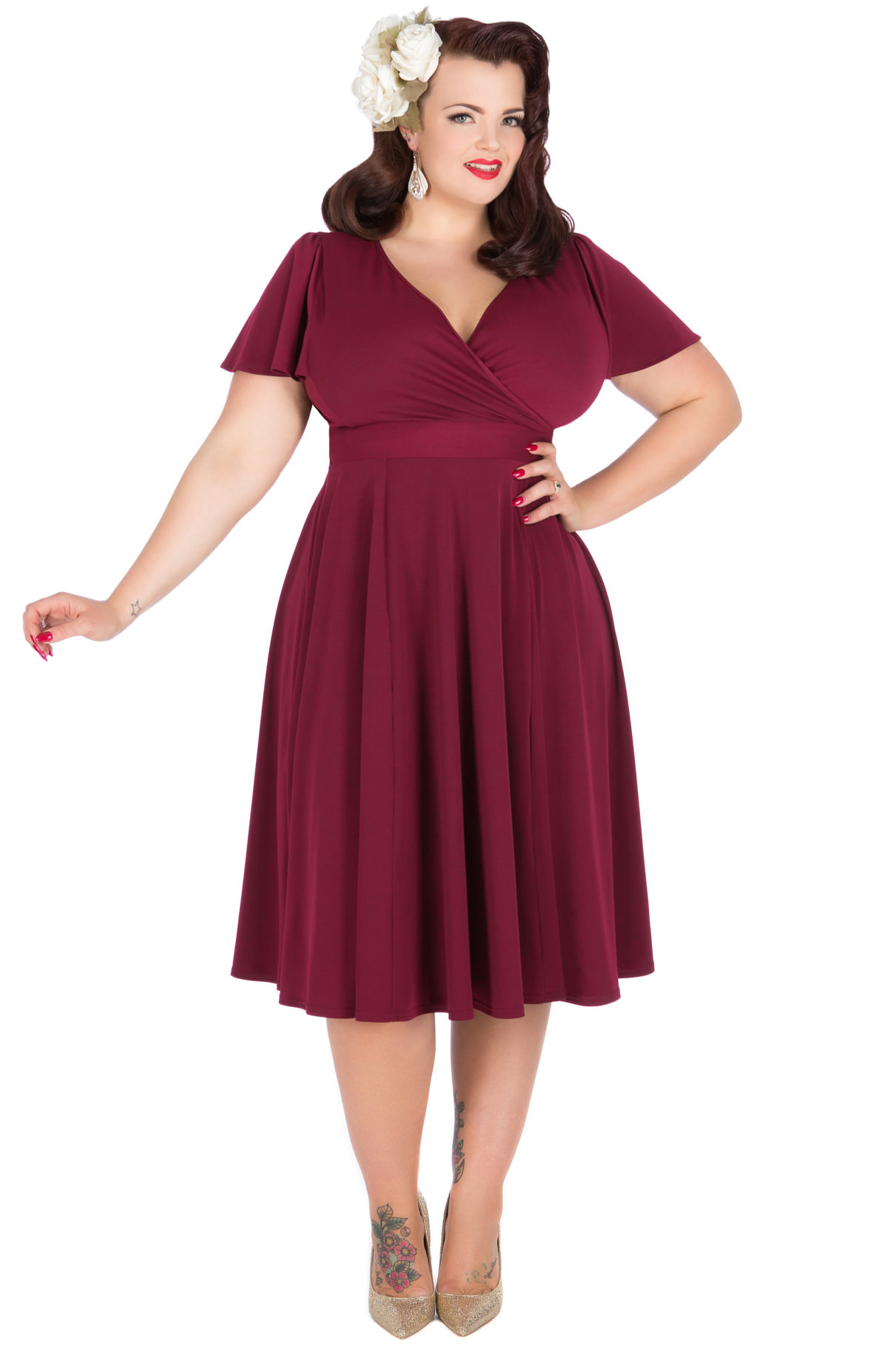 Georgina Horne indossa Lyra Raspberry Red Dress